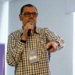 Anézio de Souza faz uma palestra motivacional para ongs que tem poucos recursos